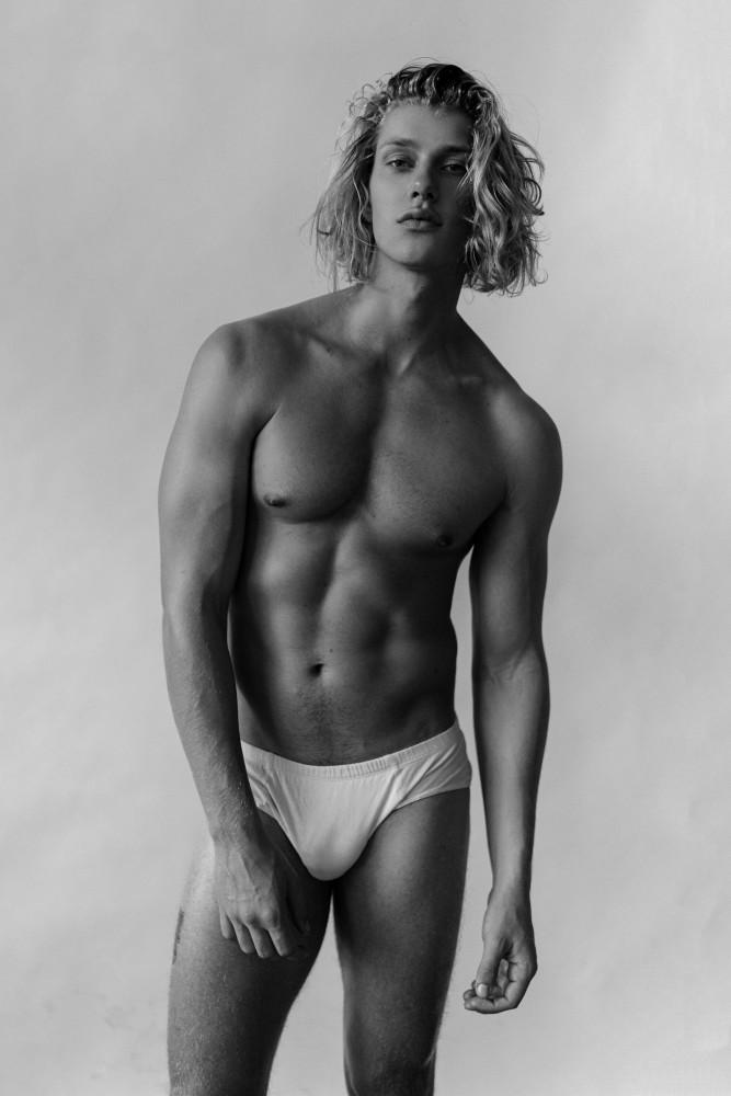 Make And Model >> CHARLES BILGRIEN | Heroes Model Management