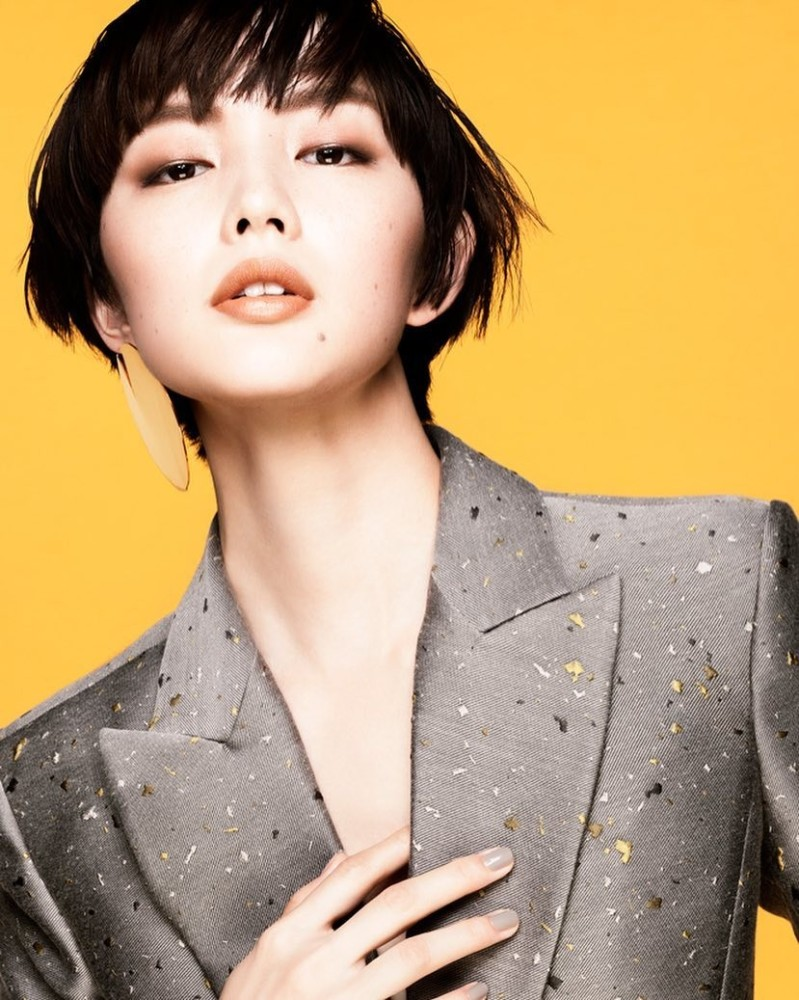 AMI SUZUKI cover for ET ROUGE magazine #japan
