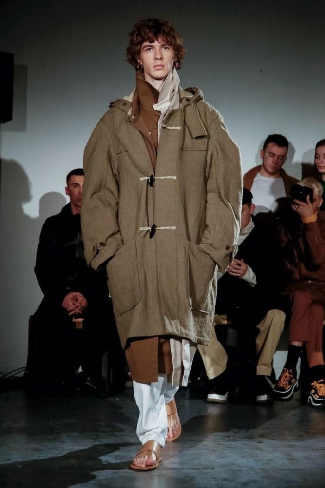 Efraim Schroder walks for Hed Mayner F/W'19 Collection in Paris