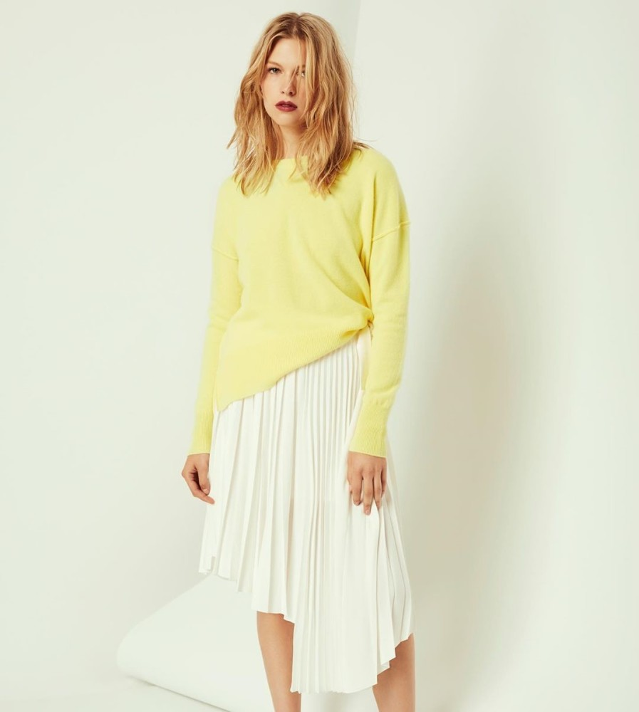SPOTTED: WHO'S THAT GIRL ? //  AMANDA NIMMO FOR THE LABEL LINE KNITWEAR