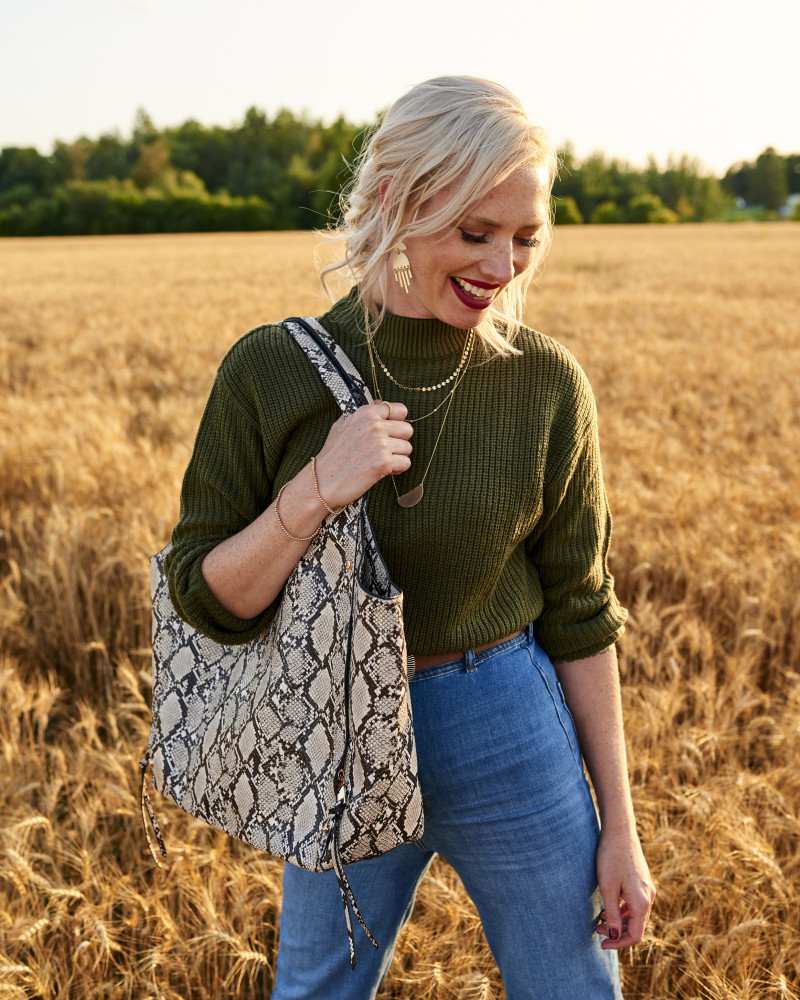 SPOTTED: TARINA FOR POPPY + PEONIES
