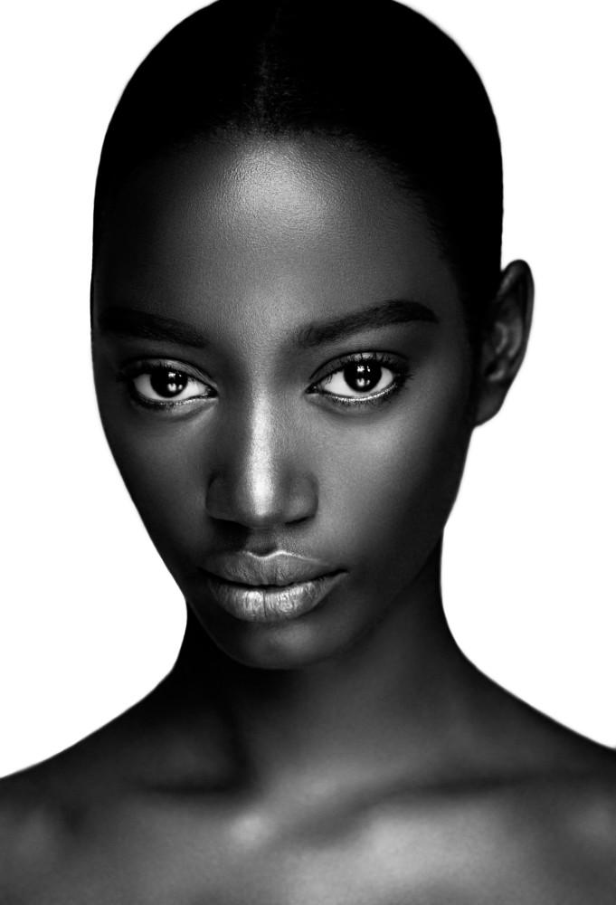 black-women-facial