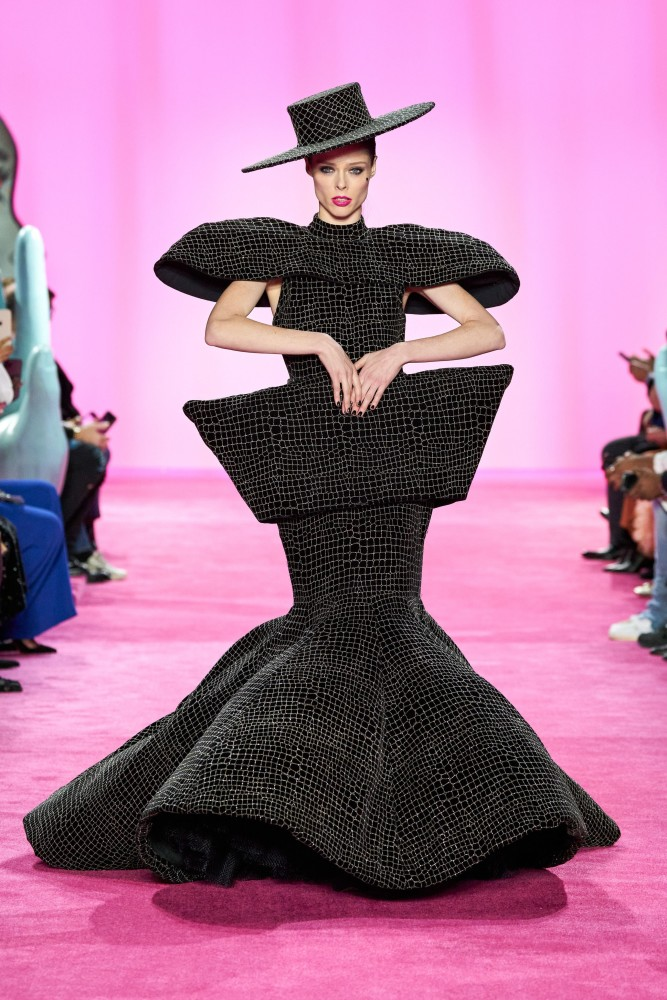 SPOTTED: COCO ROCHA FOR CHRISTIAN SIRIANO FW20 READY-TO-WEAR