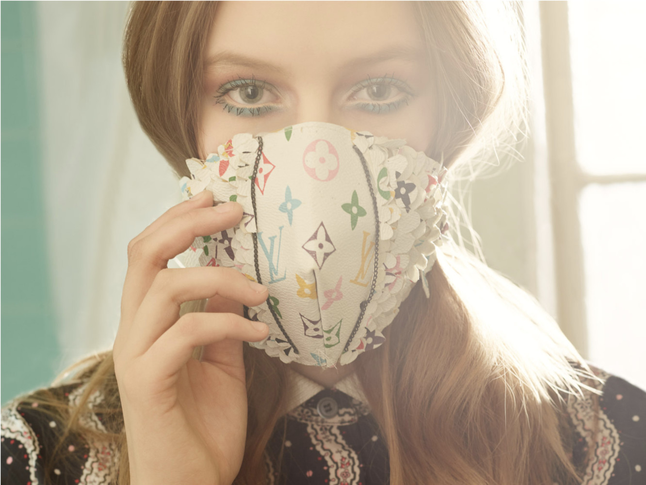 SPOTTED:  FARRAH SAYS // WEAR A MASK //