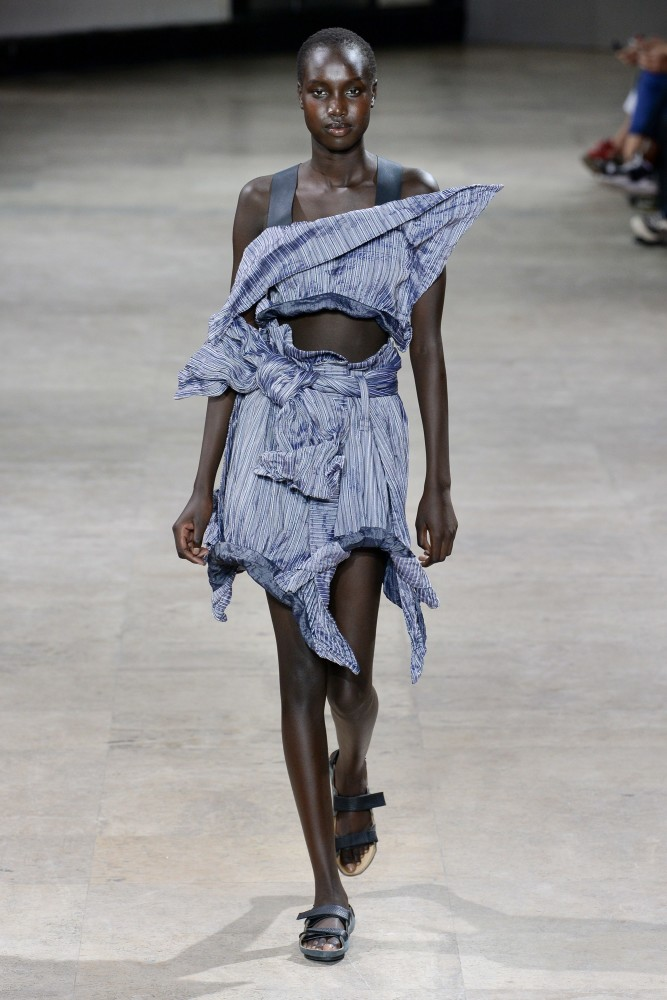SPOTTED: NYA FOR  ISSEY MIYAKE @ PFW