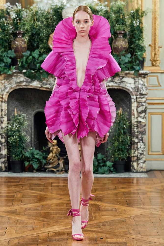 SPOTTED: PRETTY IN PINK // SHAWNA FOR FARHAD SS 2020 COUTURE