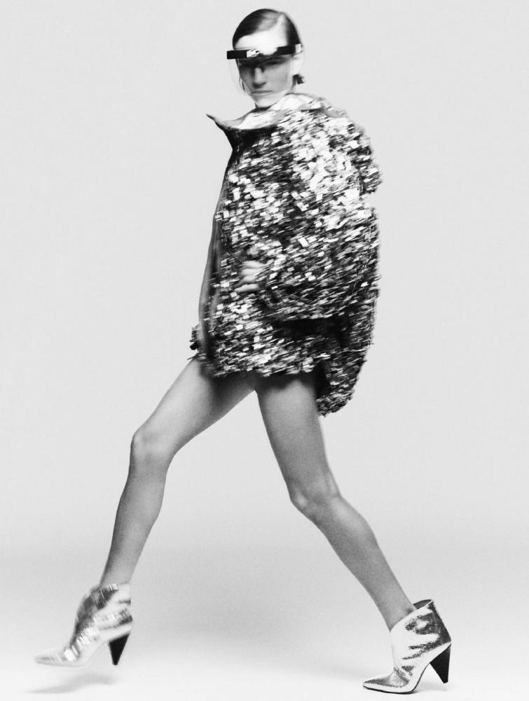 Hirschy Grace - Tom Schirmacher - Elle UK - October 21