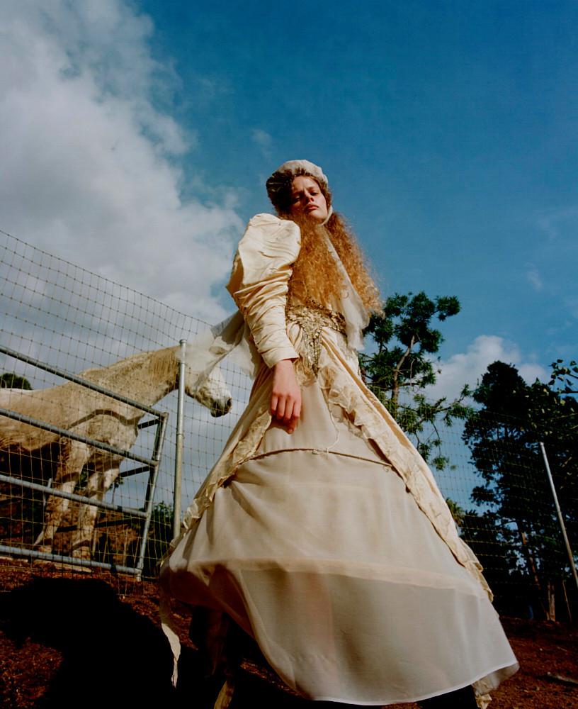 Maeve Whalen - Harry Carr - Vogue Ukraine - May 20