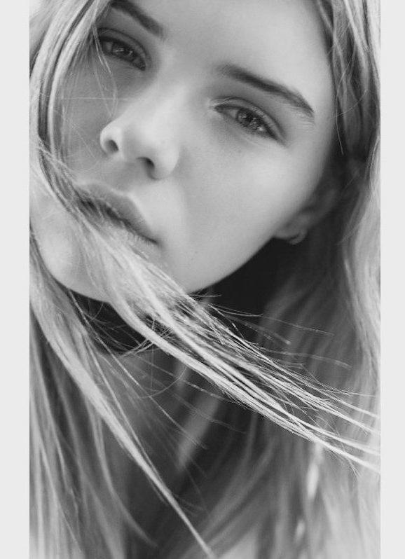 Zoe Flogel
