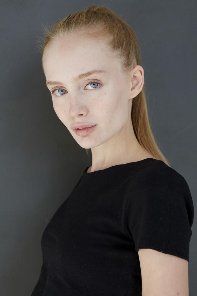 Eva Voitova