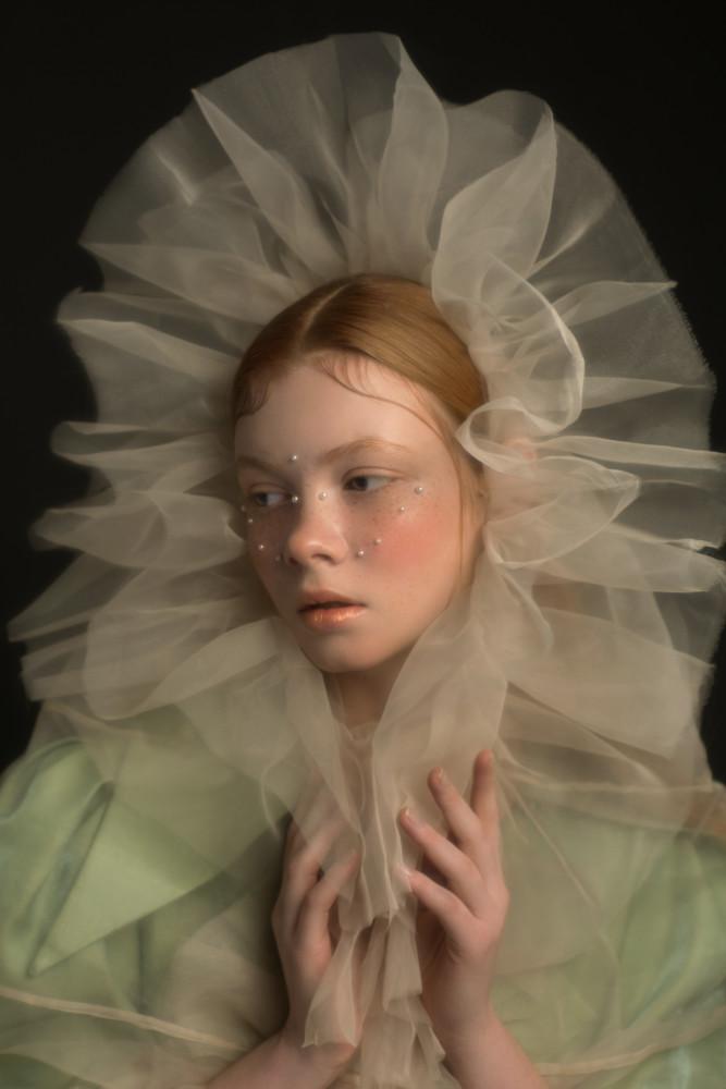 ALBINA GLUKH